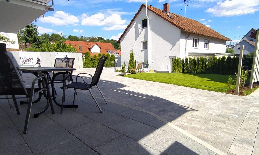 Gästehaus Munk - Terrasse der Wohnung Donau mit Blick nach Süden